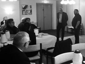 Byrådsgruppen besvarer spørgsmål fra medlemmerne. Tv. Jens Laurits Pedersen og Tommy Degn