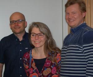 Valgholder fra SF er klar. Her ses Anette Bruun Hansen(midt) Steen Madsen(tv) og Christian Ydesen(th)